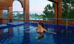 piscina termale con idromassaggi
