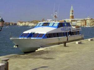 "Motonave ""Fenice"" a Venezia"