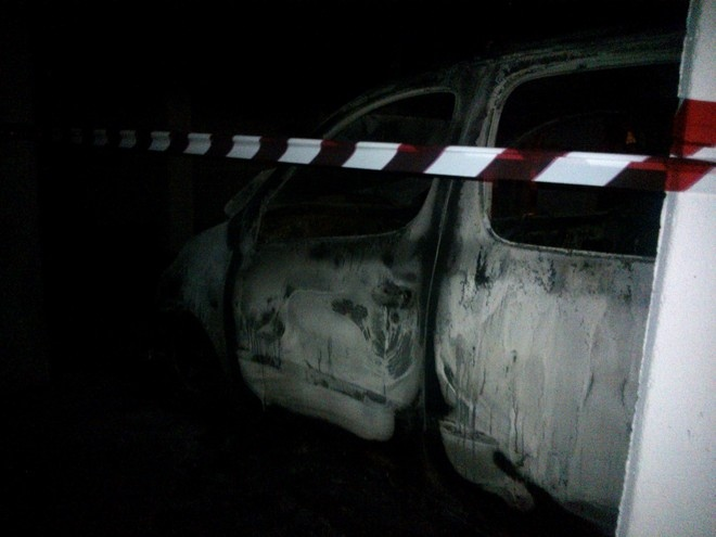 Auto incendiata a Bibione