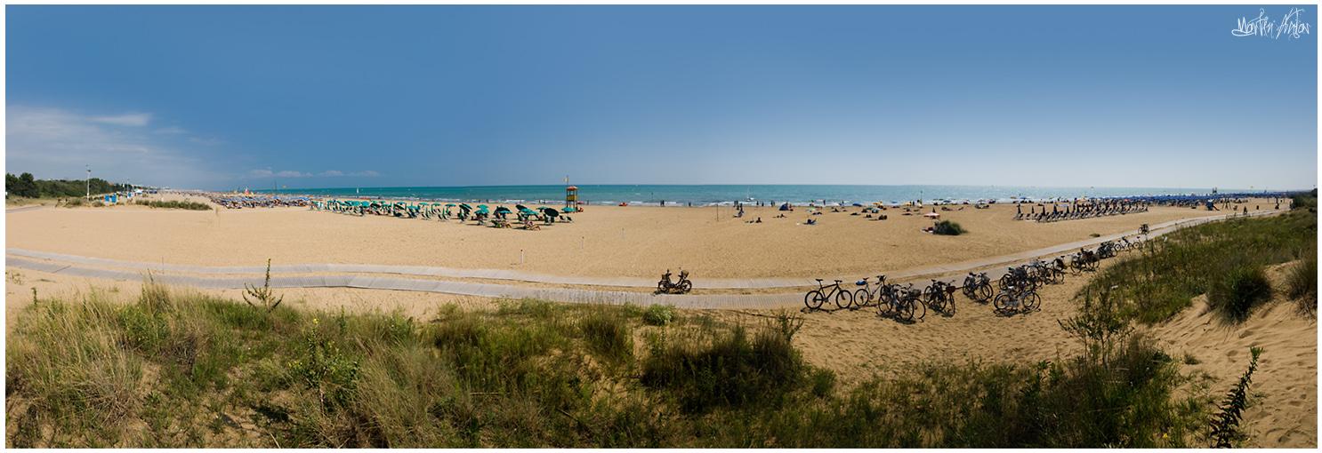 Panoramica della spiaggia di Bibione