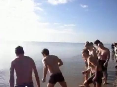 Tuffo in mare, Capodanno 2014